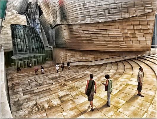 Guggenheim – Topaz Adjust Vibrance